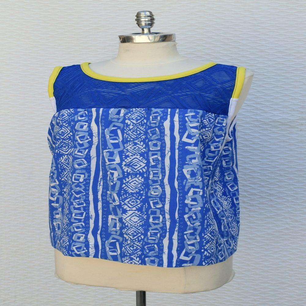 Image of Tank Top Vintage Blue White Print Blue Lace