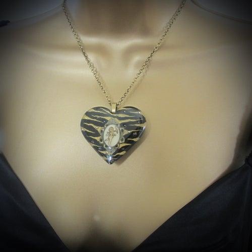 Image of Black/Bronze Zebra Cameo Resin Heart Pendant