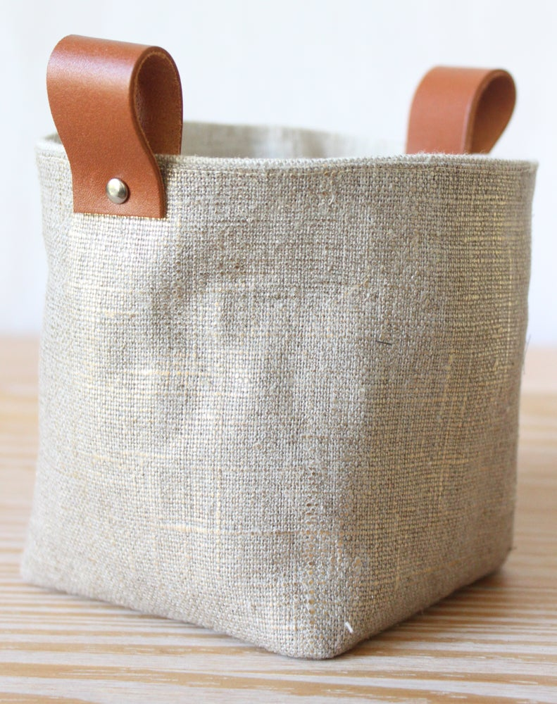 Image of Mini Linen Box