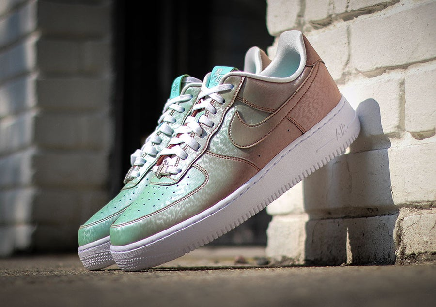 Image of Nike Air Force 1 Low Preserved Icons Lady Liberty COLOR CHANGING