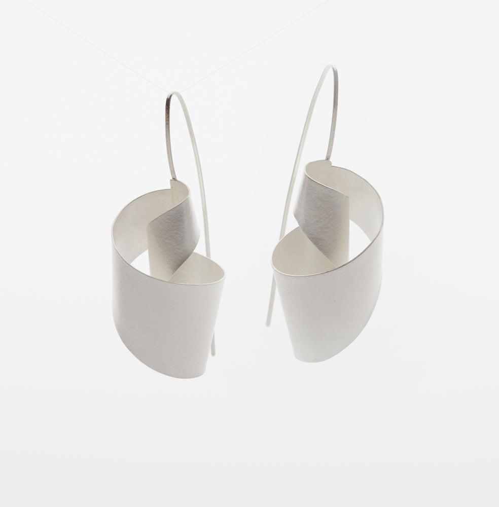 Image of Small Twist Earrings