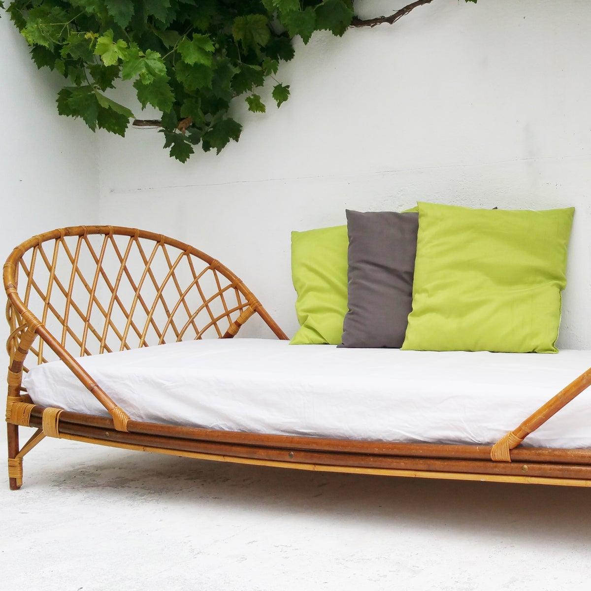 lit corbeille vintage fibresendeco vannerie artisanale mobilier vintage. Black Bedroom Furniture Sets. Home Design Ideas