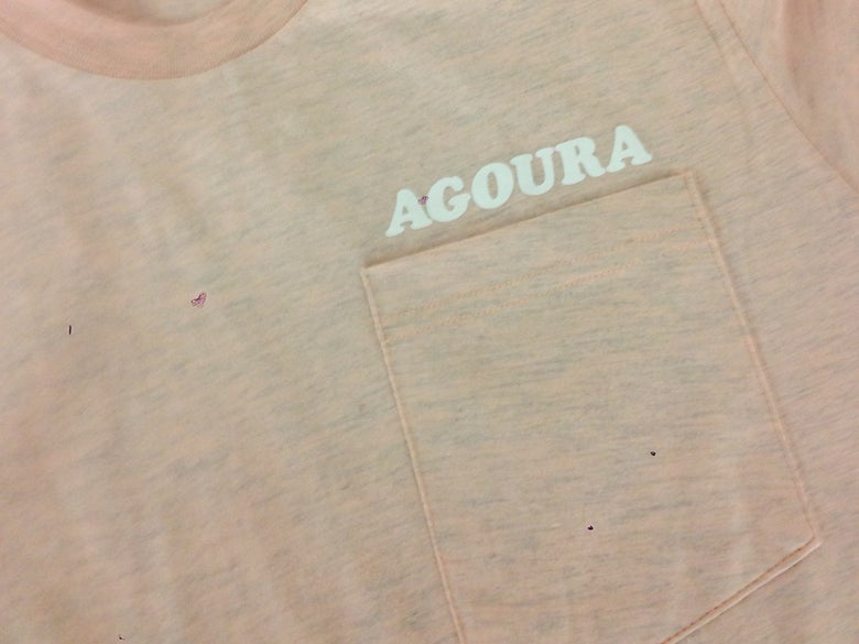 Image of Agoura Lover - Pocket Tee Apricot/White