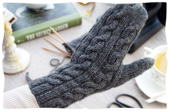 Image of mitten pattern
