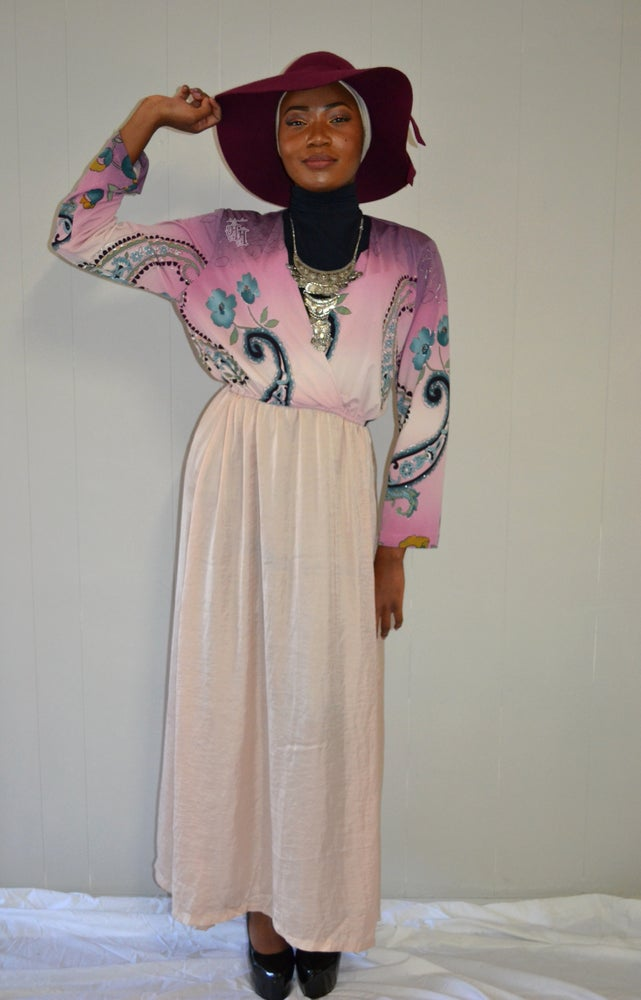 Image of Empire Abaya Paisley.