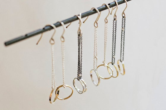 Image of circle chain earrings