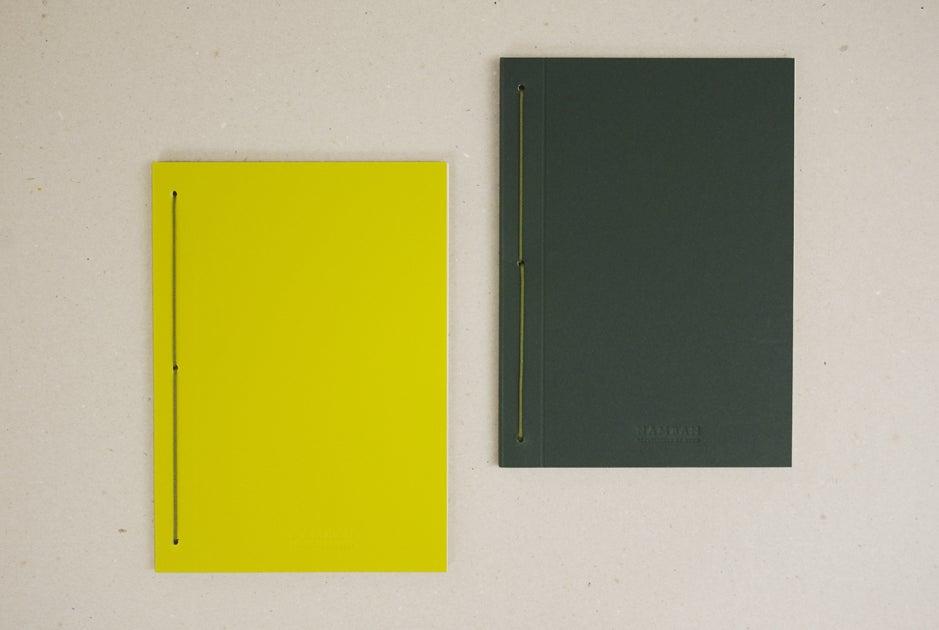 Image of Caderno liso IRO vertical   Plain IRO notebook B6