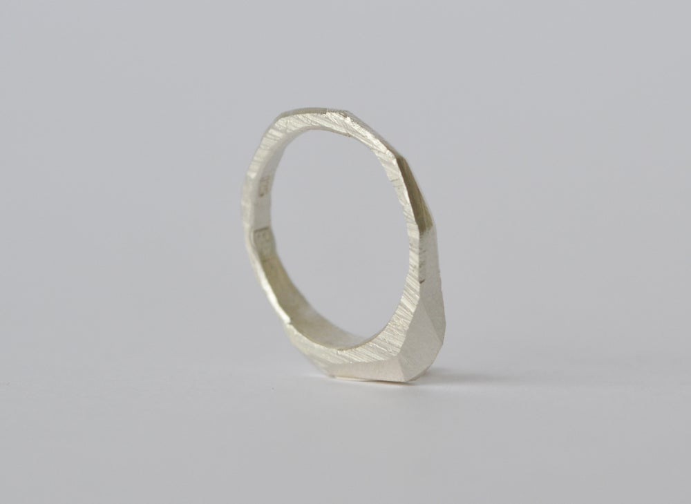 Image of Thin Slab Ring
