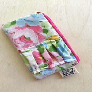 Image of Vintage Pink medium zip pouch