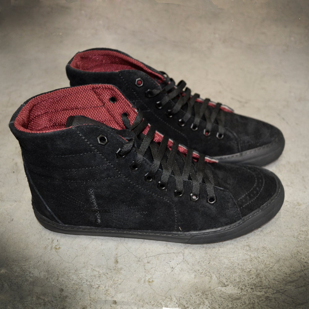 Image of SHOES  EVIL MASTER ( HALF CAB )