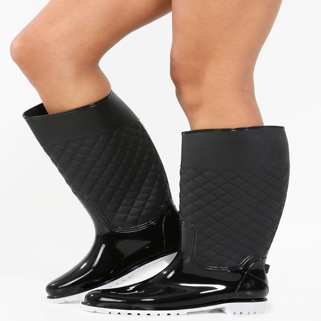 Image of Black Quilted Rain Boots