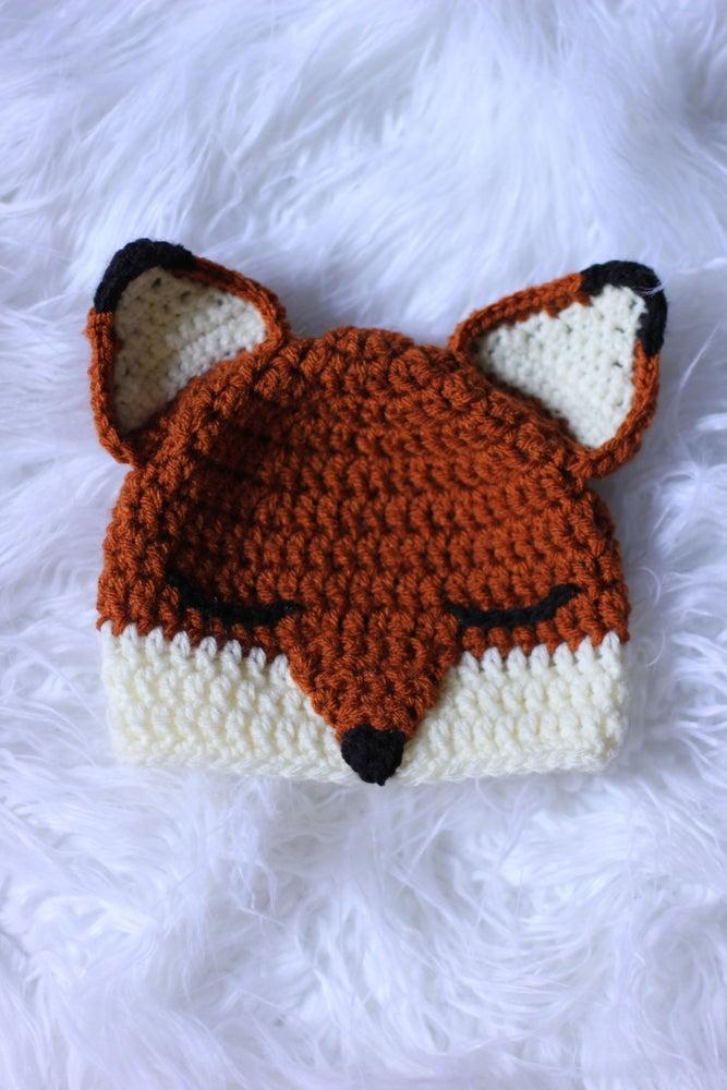 Image of Sleepy Fox
