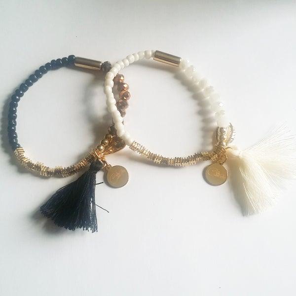 Image of Black and White Beaded Bracelet