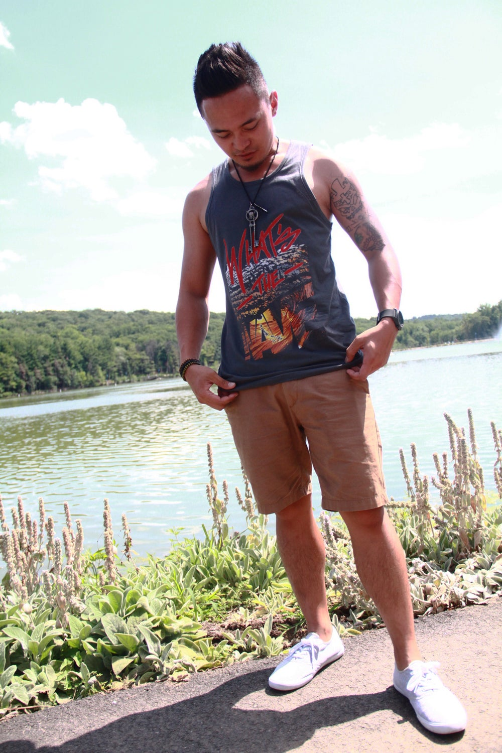 "Image of Men's ""WAVE"" Grey Tank"