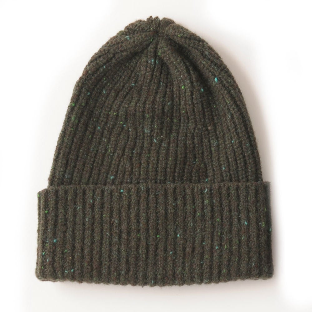 Image of Soft Tweed Cashmere Mix Rib Hat in Greeen