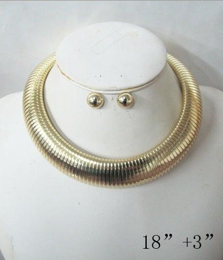 Image of choker chain