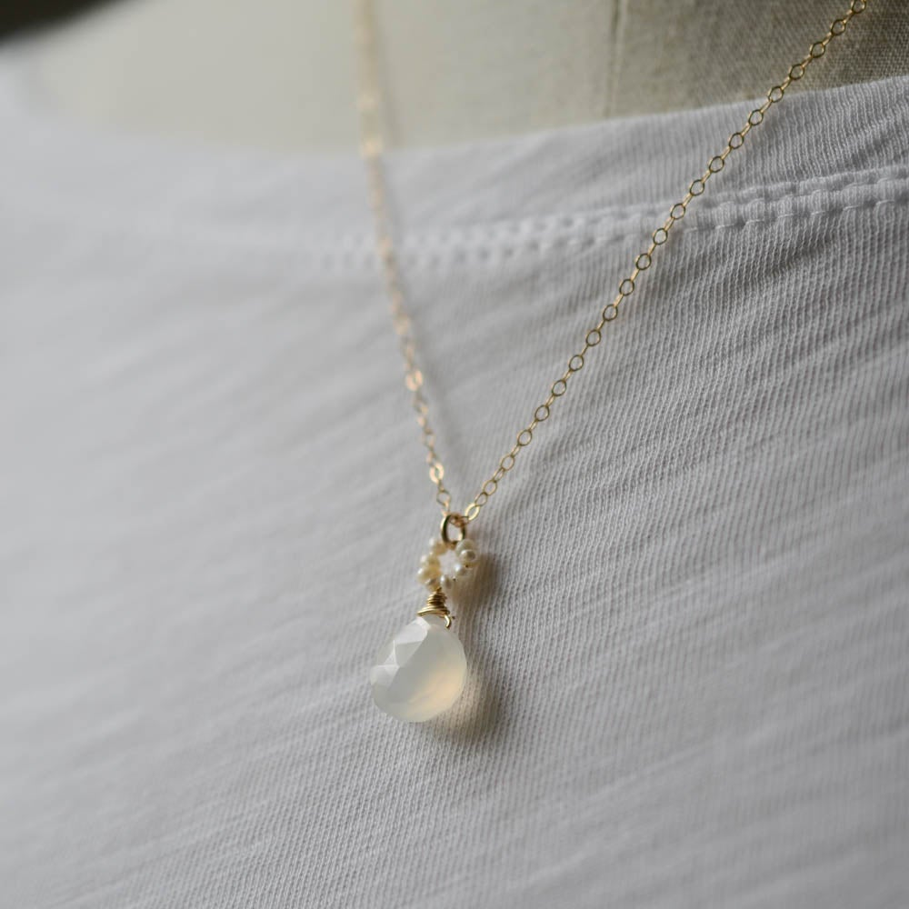 Image of White chalcedony pearl necklace