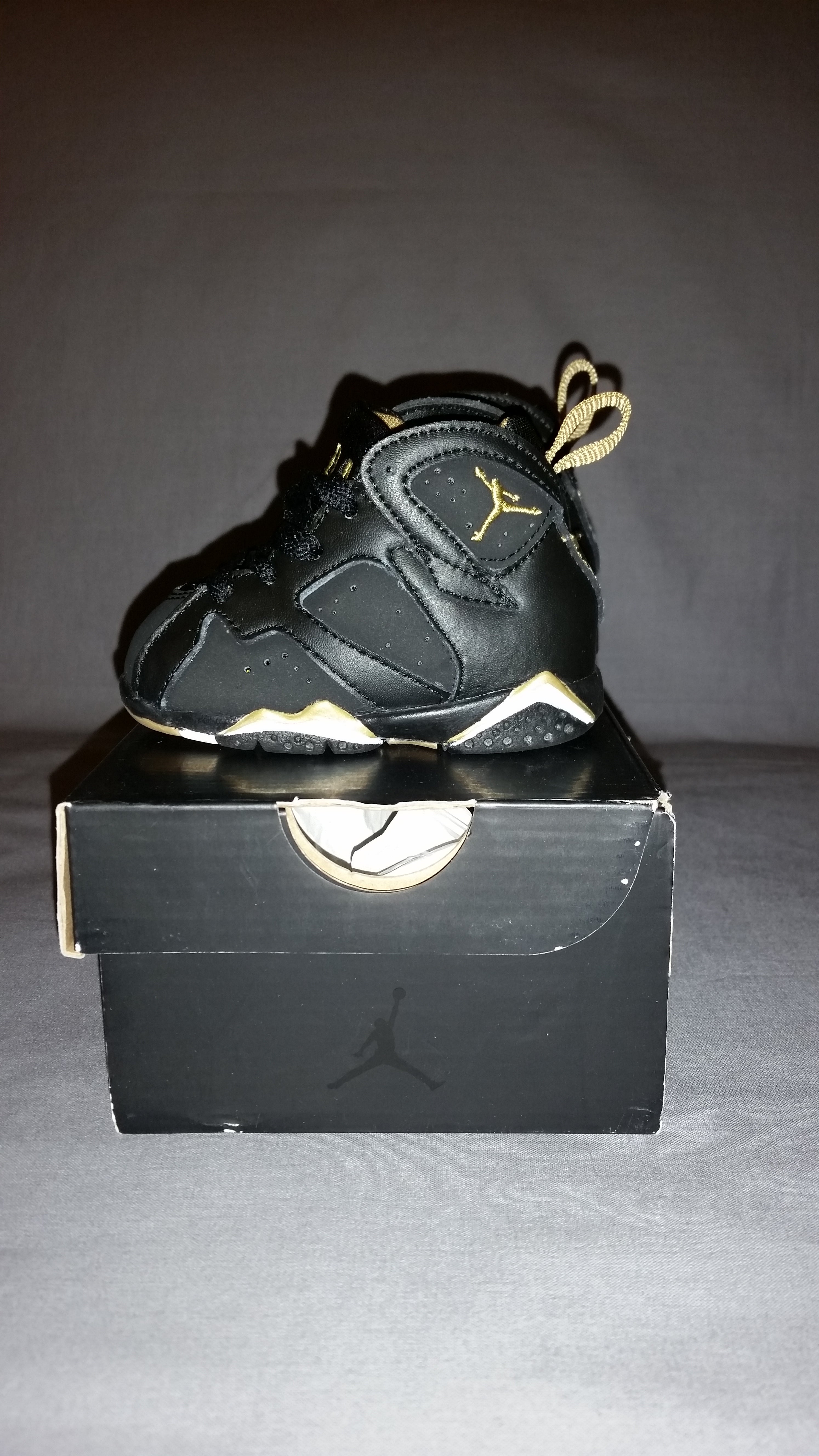 0839fbde0cbcf2 Brand new Nike Shox basketball shoes. air jordan gold medal pack for sale Nike  camo ...