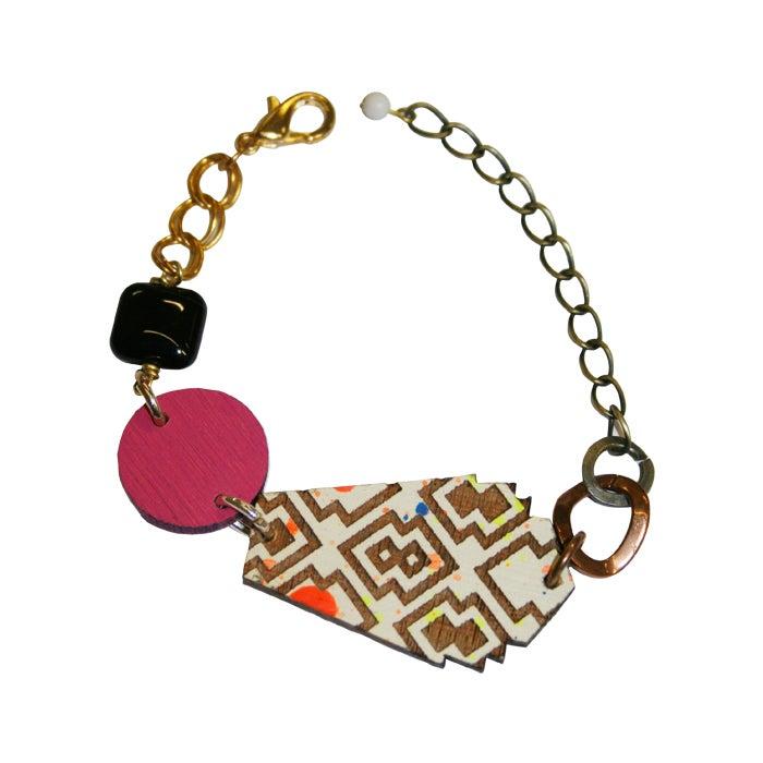 Image of Izzie Onyx angular bracelet