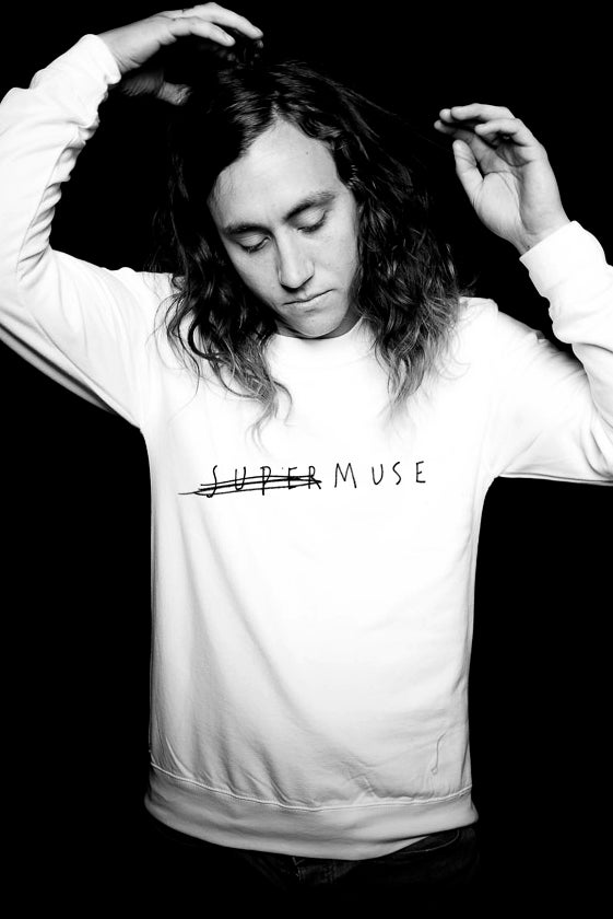 Image of SUPERMUSE Unisex SWEAT (White and black)