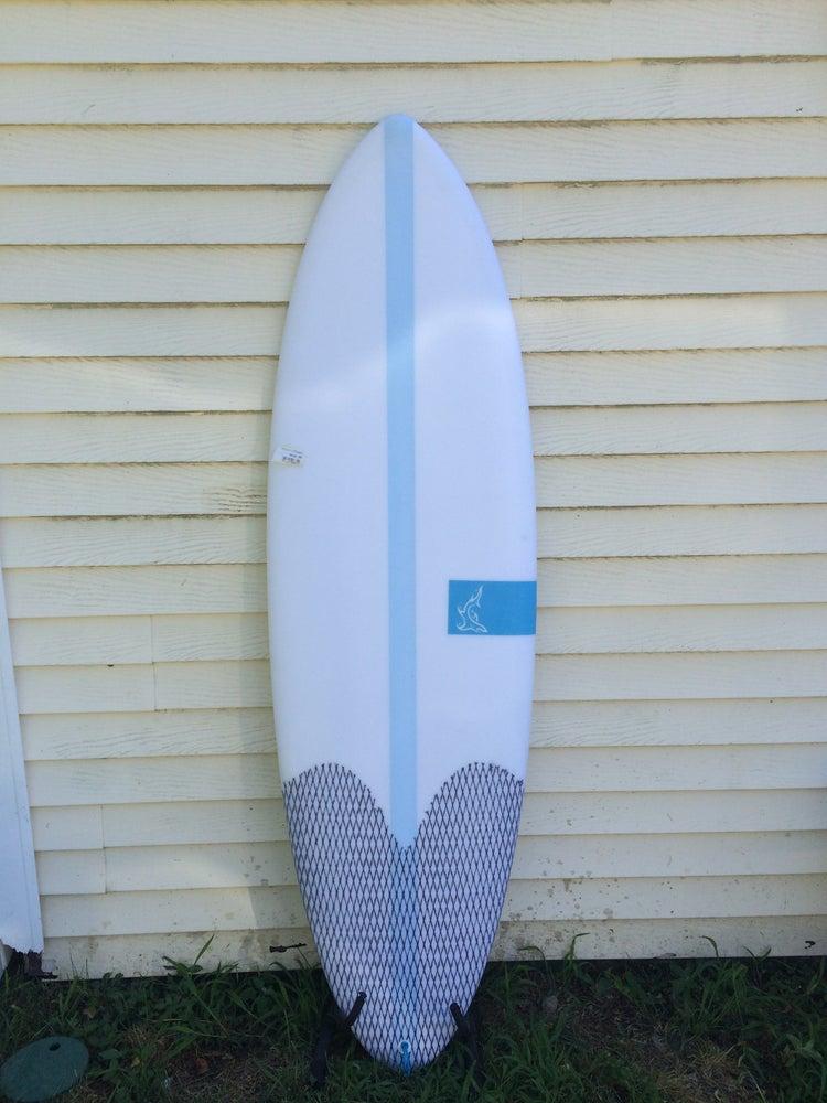 Image of 5'10 shortboard