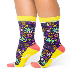 Image of Happy Floral : Woven Pear Socks