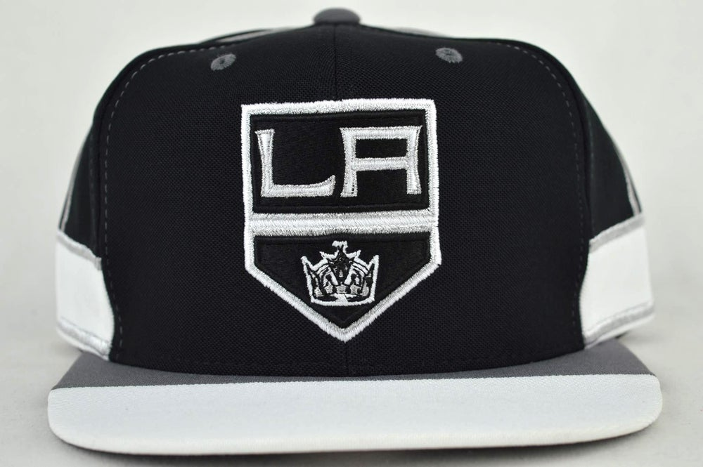 Image of LOS ANGELES KINGS NHL TEAM JERSEY MITCHELL & NESS SNAPBACK HAT