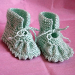 Image of Sweet wool acrylic booties