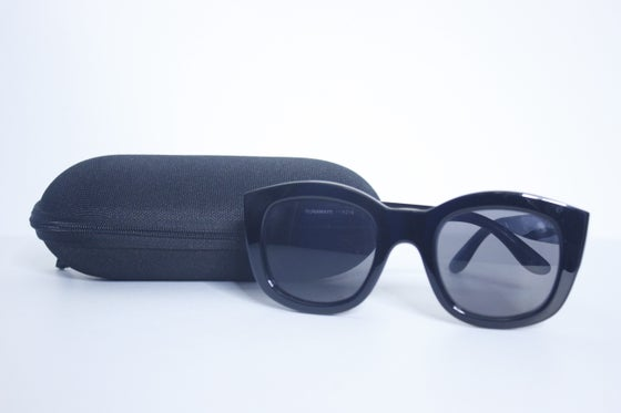 Image of LE SPECS RUNAWAYS SUNGLASSES