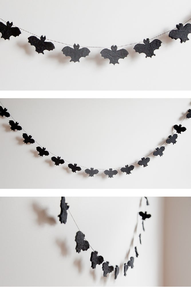 Image of Flat Bat Family Garland