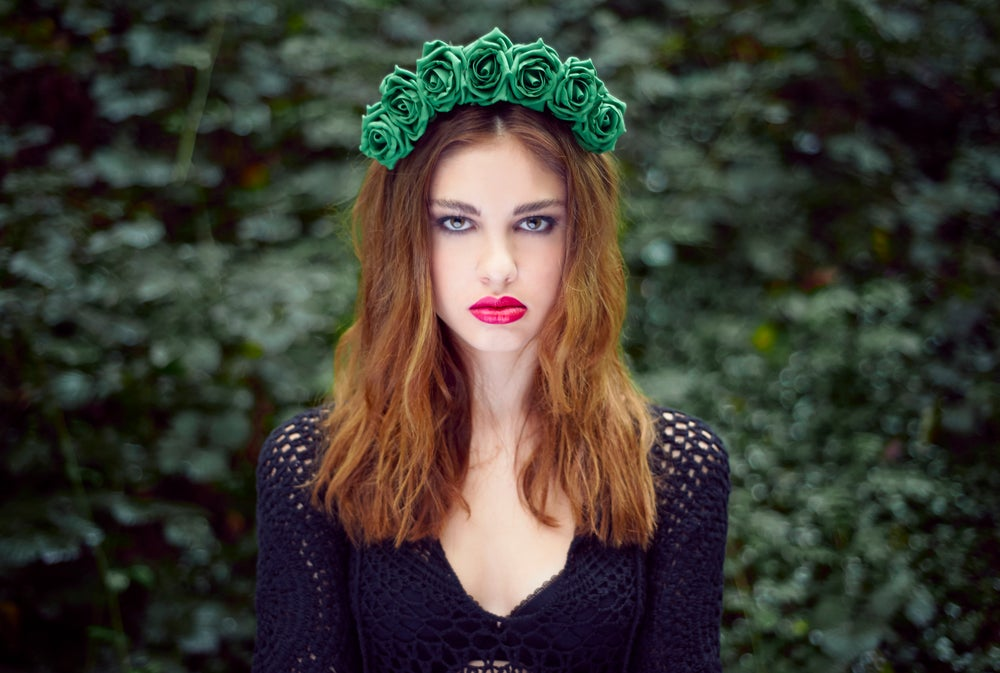 Image of Blooming Rose Crown Guinevere