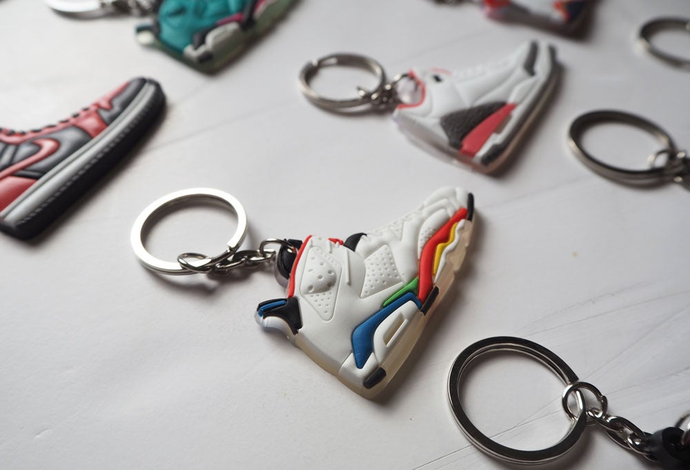 Image of Sneakers keychain 2D