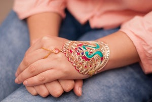 Image of Pulsera Hindi