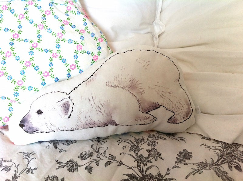 "Image of coussin ""animal"" soldé -40%"