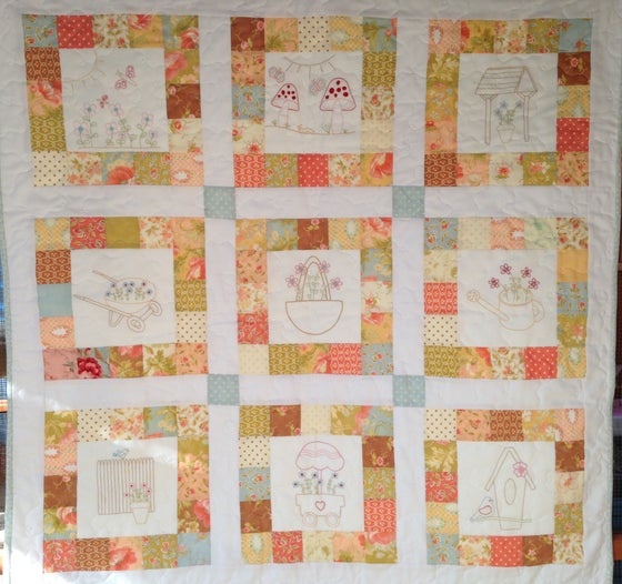 Image of Up The Garden Path Quilt Pattern