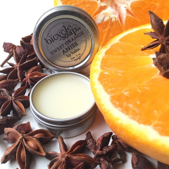 Image of Moisturizing Lip Balm Tins
