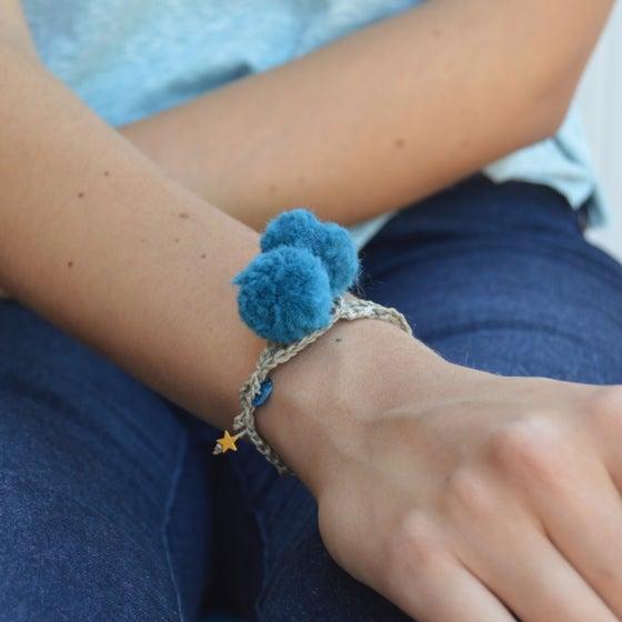 Image of Deep Blue Lucky Pompom