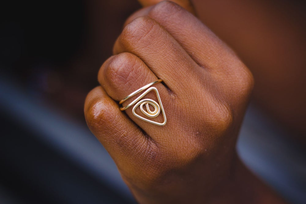 Image of the pyramid Ring
