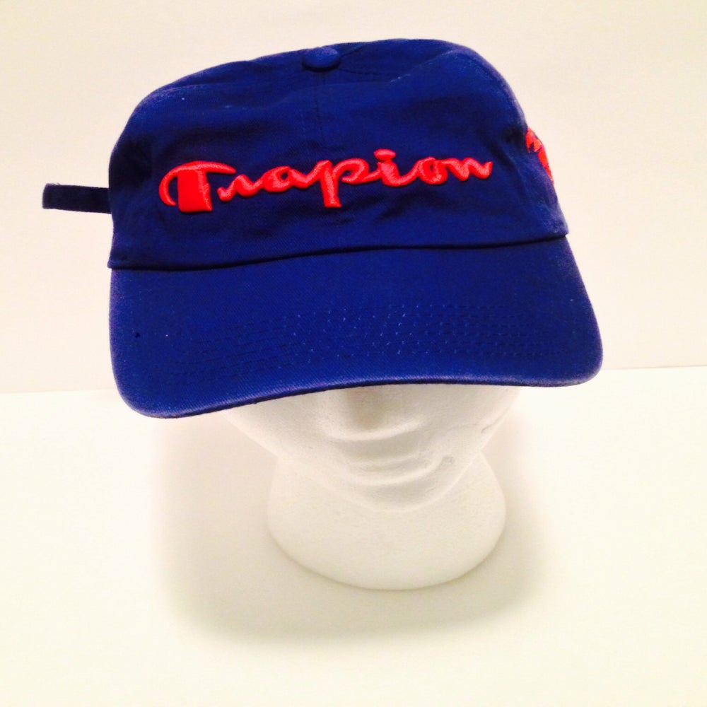 Image of Trapion strap back royal red