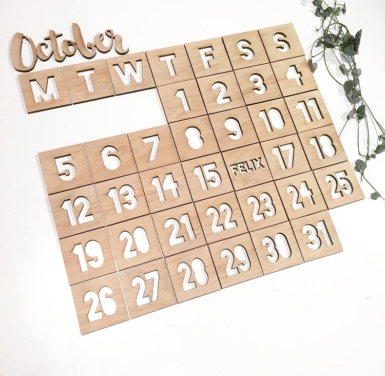 Image of CUSTOM MAGNETIC CALENDAR PIECES [SQUARE]