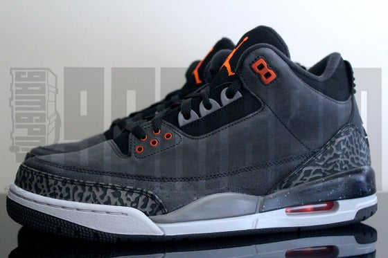 "Image of Nike AIR JORDAN 3 RETRO ""FEAR"""