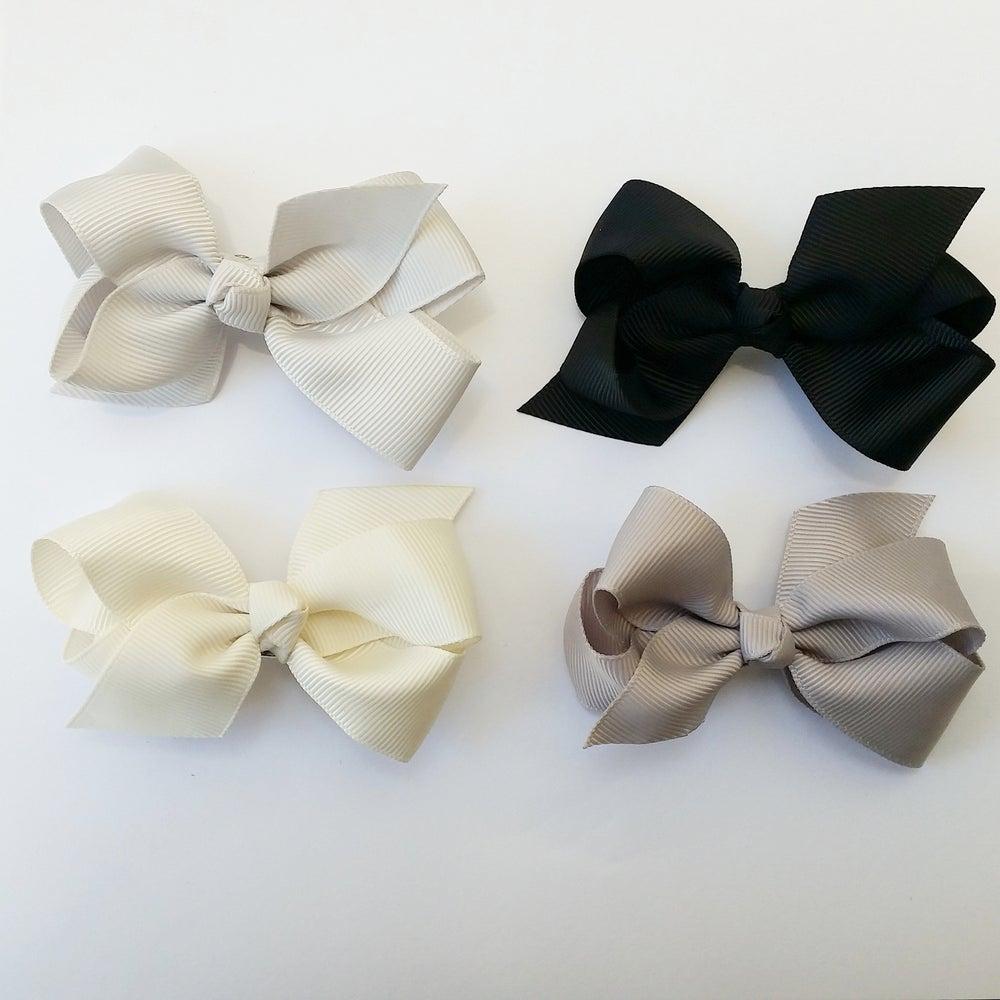 Image of Bows bows bows