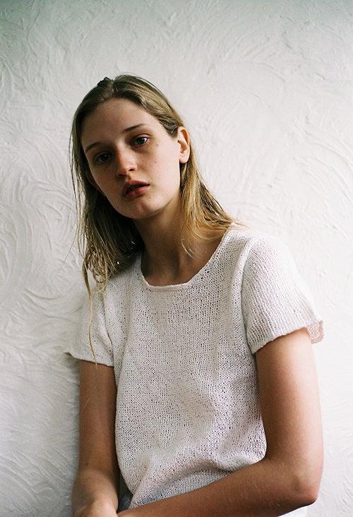 Image of Plain White T-Shirt