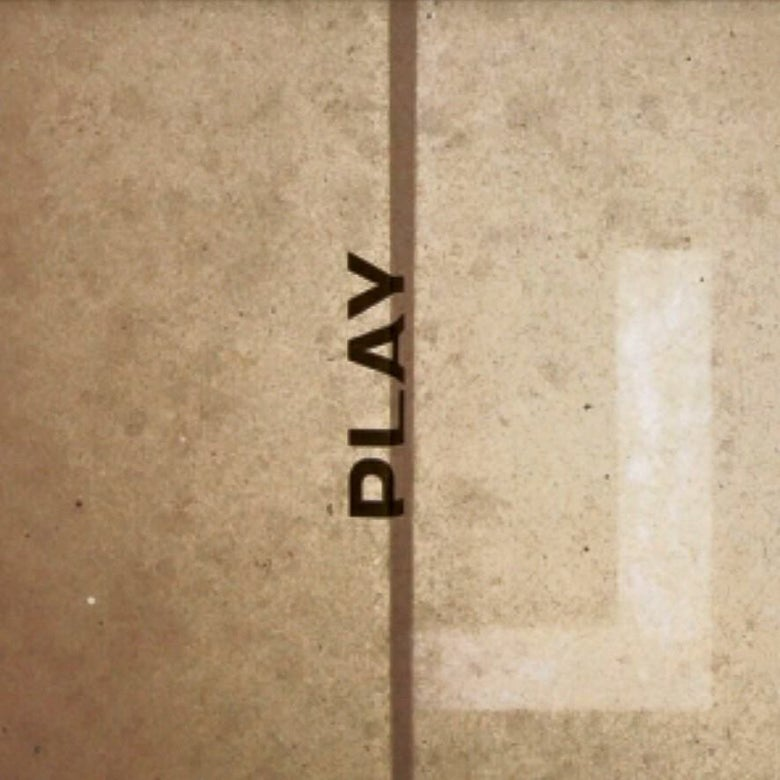 "Image of LARSEN ""Play"" LP"