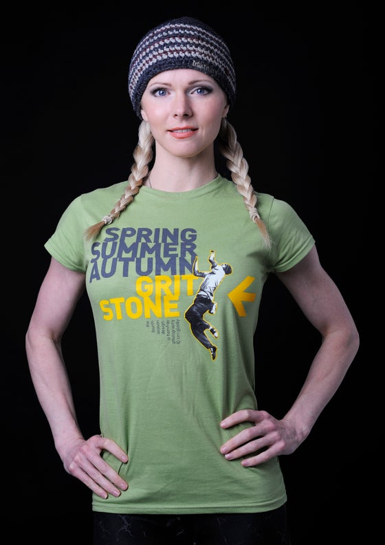 Image of WOMEN'S FOURTH SEASON - ORGANIC COTTON T-SHIRT.