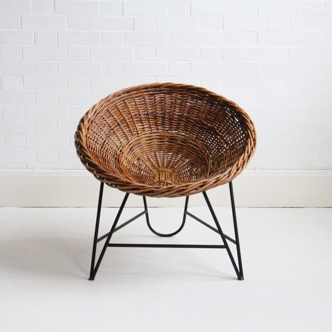 Image of german wicker basket/chair