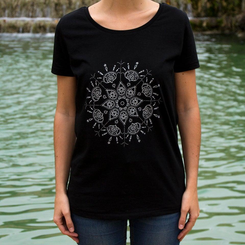 Image of Pursuing Waves T-Shirt