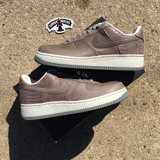 Image of Nike Air Force 1 Supreme '07 QK 'Medium Grey'