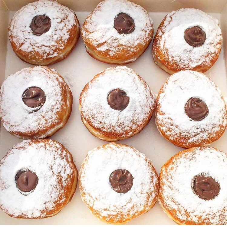 Image of Box of 9 nutella donuts