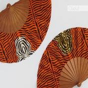 Image of Elige tu combinación de colores - Abanico Zebra Naranja